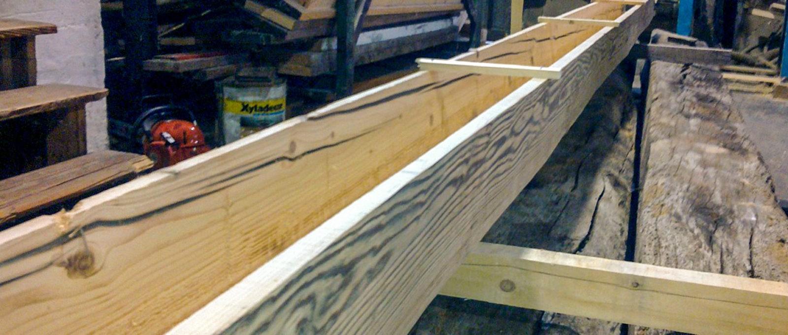 Scatole di rivestimento in legno antico
